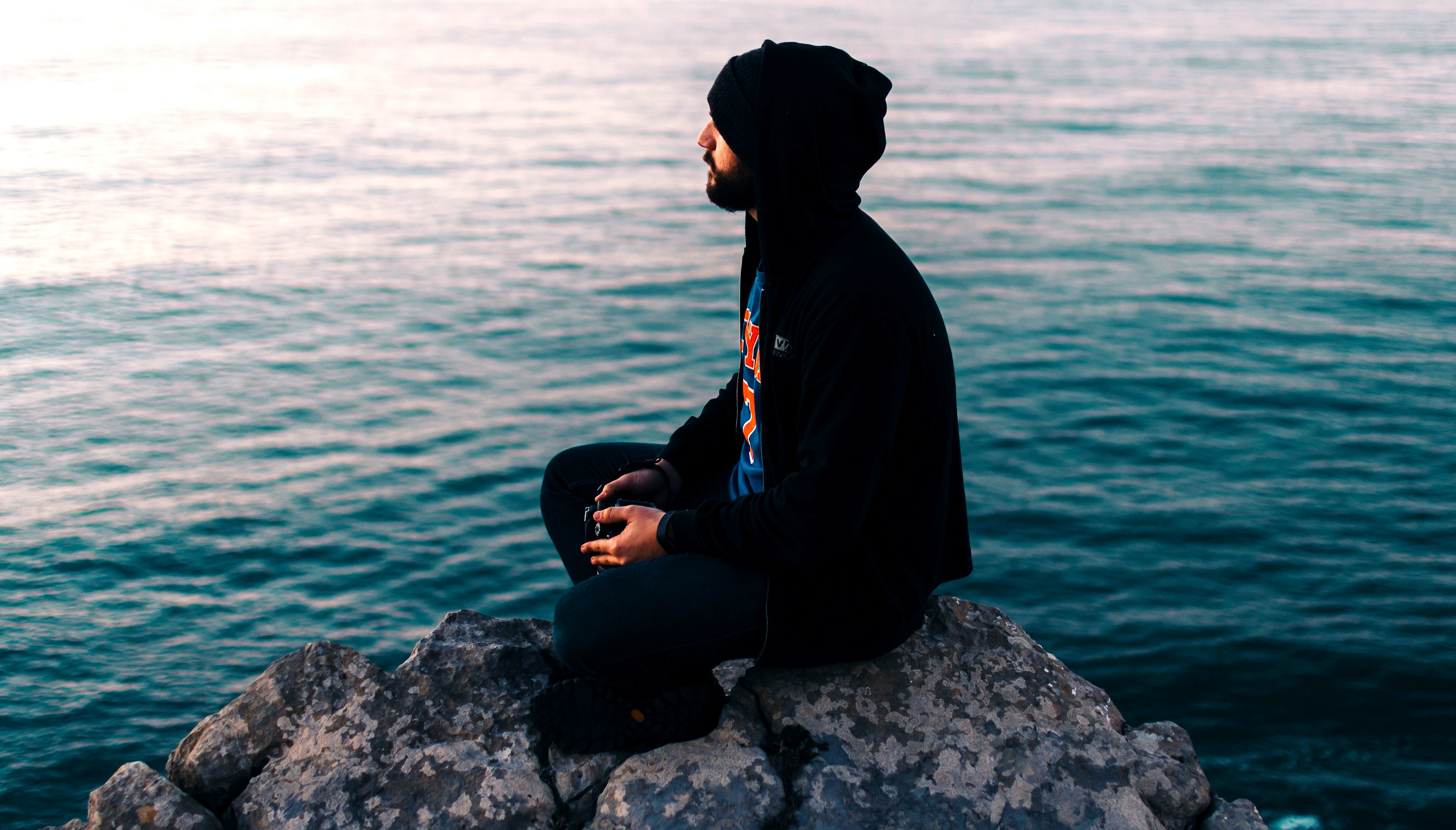 Hoe leer je naar jezelf te luisteren? De antwoorden zitten in jezelf.