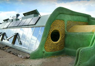 Earthship and greenhouse of the future – Francis Gendron