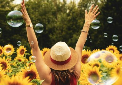 Discover 4 keys to well-being & happiness: according to neuroscience