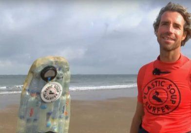 De plastic soup surfer legt zich toe op de invoer van statiegeld op kleine plastic flesjes