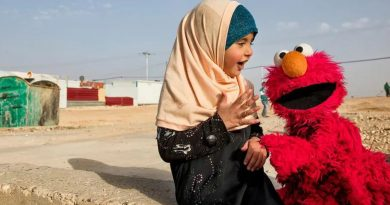 Sesame Street launches Arabic show to comfort refugee children suffering from war