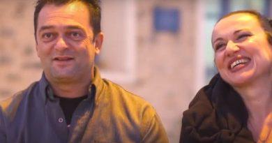 Dit prachtige Griekse koppel serveert eten en liefde aan honderden vluchtelingen en daklozen